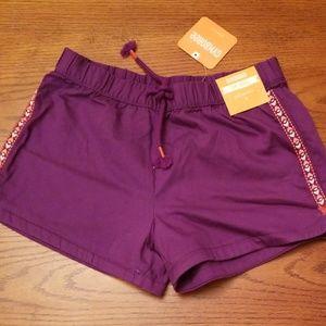 🆕️Gymboree violet shorts,  100% cotton